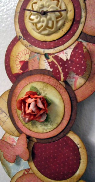 Circle wreath 3- close up