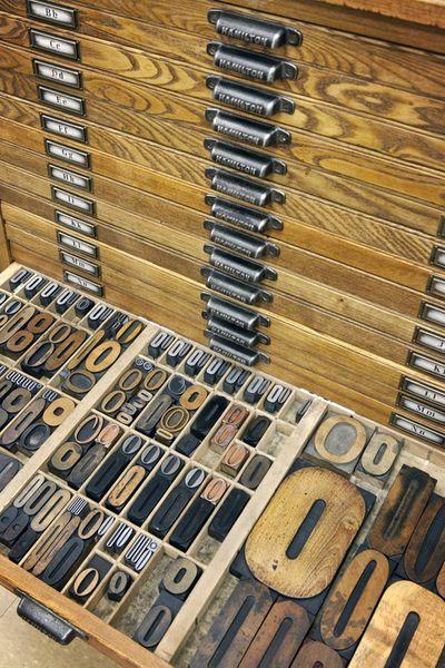 Letterpress tray of O's